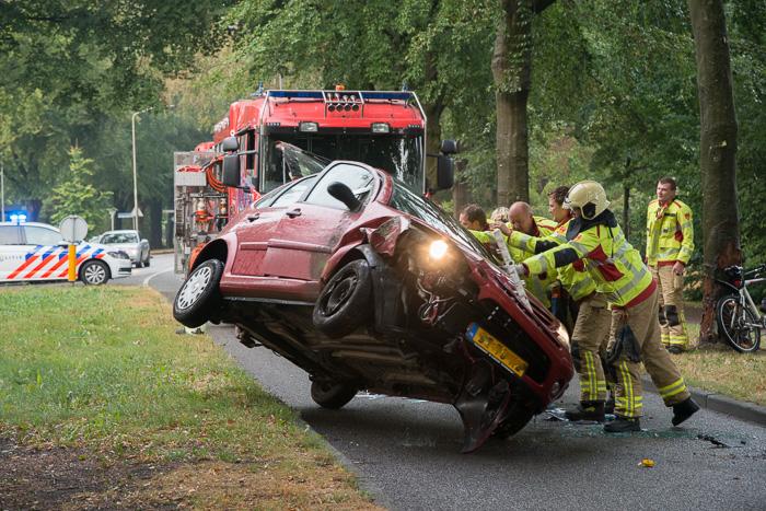 Nunspeet - Ongeval Elburgerweg (fotoBramvandeBiezen)
